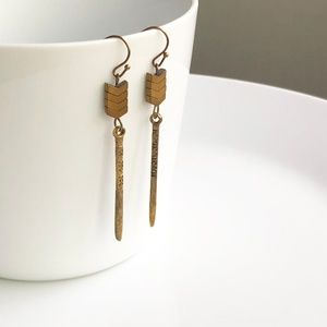 "Jewelry - NEW ""Lagertha"" Stone Earrings (gold)"